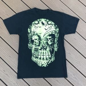 Other - Black Glow in the Dark Skull Tee Sz M
